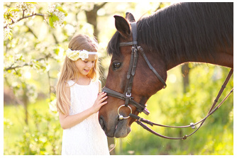 girl with horse flowers